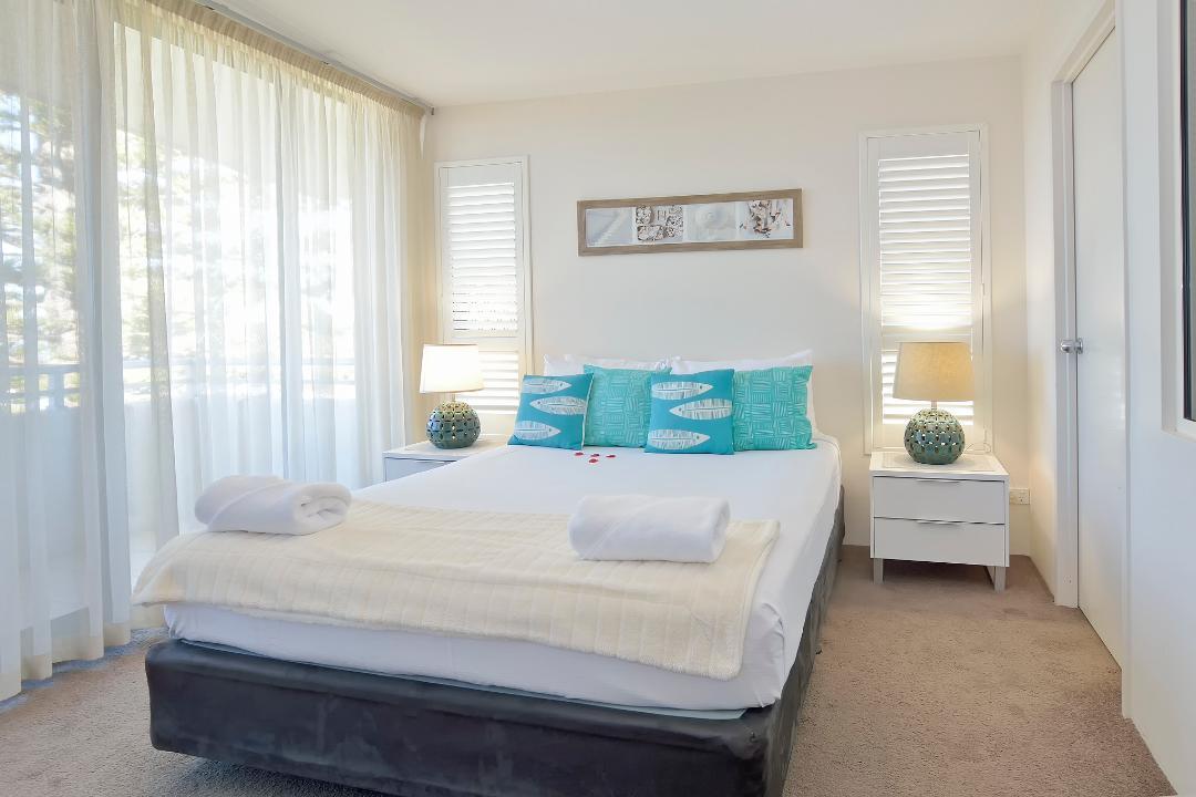 Gallery Grid Bedroom
