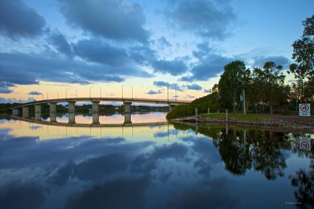 Gallery Grid Bridge